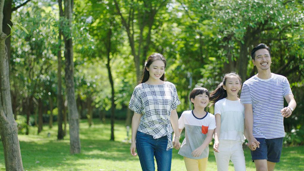 家族と公園